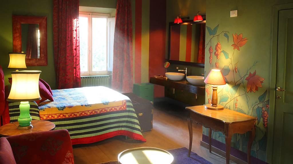 Wine-Resort-Tenuta-La-Striscia-Arezzo-rooms-12